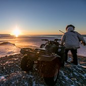 Inupiaq eskimo caribou hunt