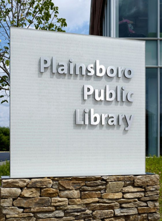 Plainsboro Public Library Environmental Graphics